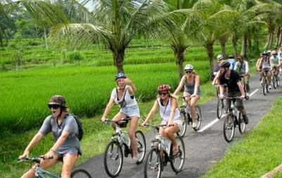 Wisata Bersepeda di Bali