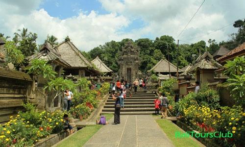 Desa Penglipuran Bangli Ikon Desa Wisata Di Bali